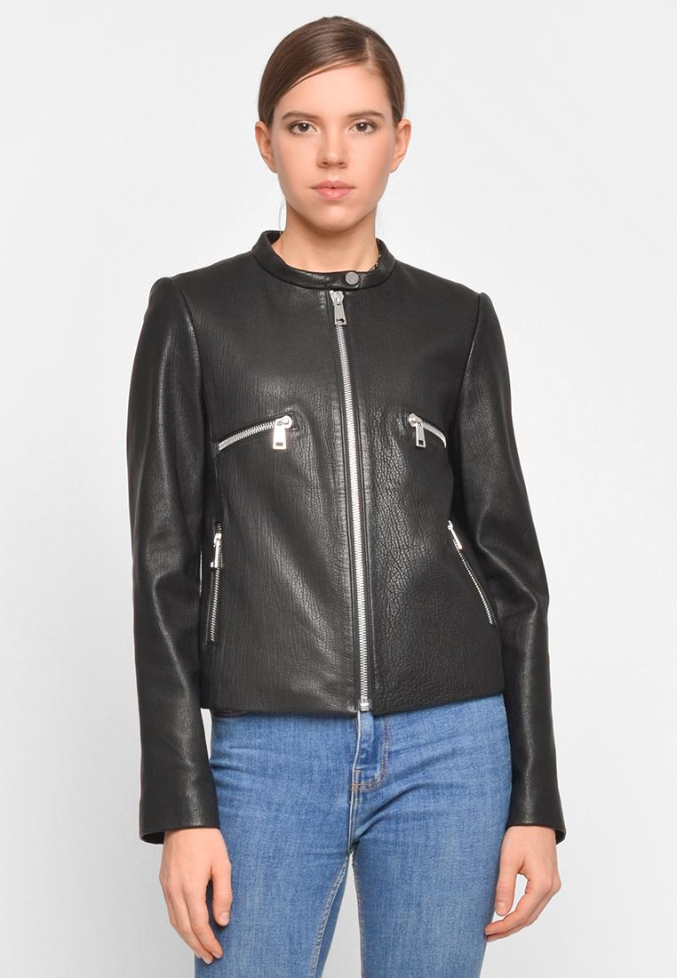Приталенная куртка из натуральной кожи с декоративными карманами