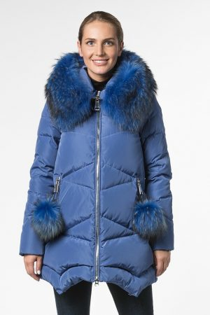 Расклешенная куртка с капюшоном и декором на карманах